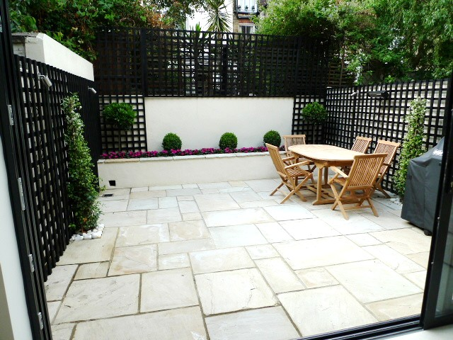 London paving company london paving company patio and for Small garden paving designs